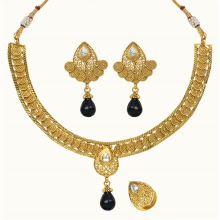 10658 Antique Delicate Necklace with gold plating