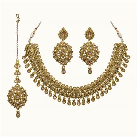 10684 Antique Classic Necklace with gold plating