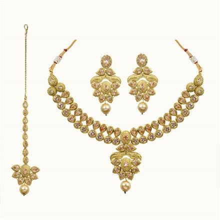 10689 Antique Classic Necklace with gold plating