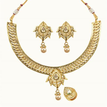 10703 Antique Delicate Necklace with gold plating
