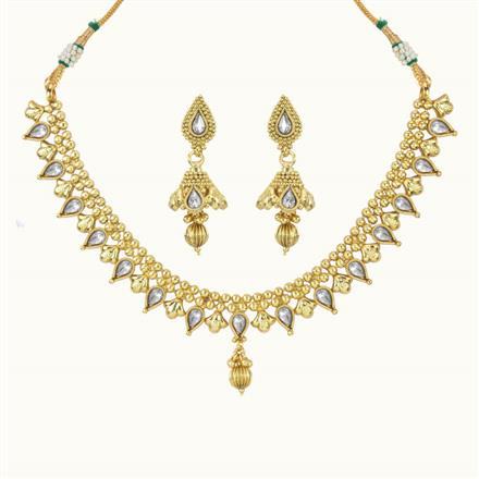 10834 Antique Delicate Necklace with gold plating