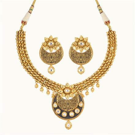 11012 Antique Classic Necklace with gold plating