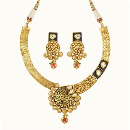 11013 Antique Classic Necklace with gold plating
