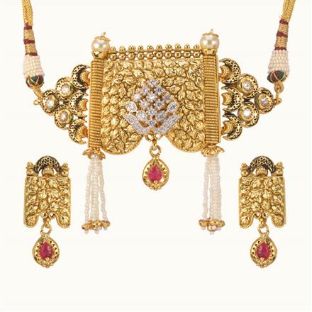 11014 Antique Choker Necklace with gold plating