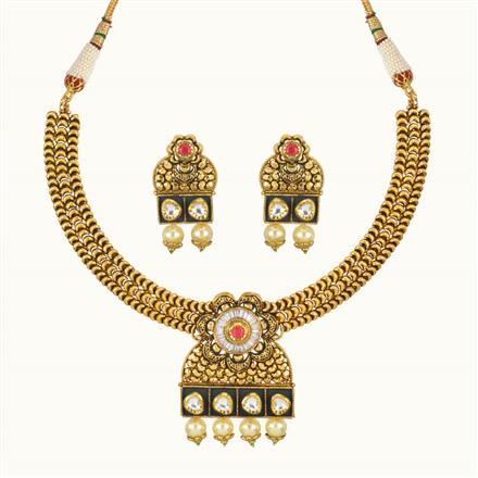 11018 Antique Classic Necklace with gold plating