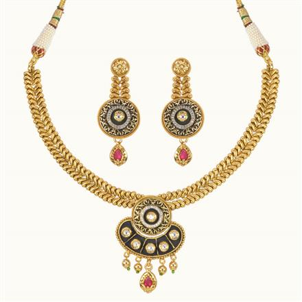 11019 Antique Classic Necklace with gold plating