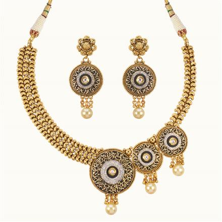 11054 Antique Classic Necklace with gold plating