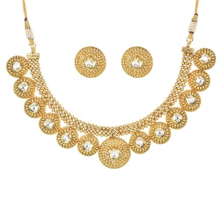 11136 Antique Classic Necklace with gold plating
