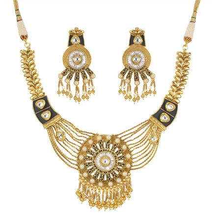 11242 Antique Classic Necklace with gold plating