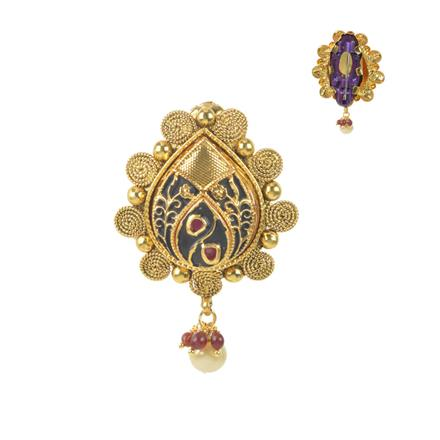 11575 Antique Classic Brooch with gold plating