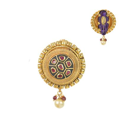 11576 Antique Classic Brooch with gold plating
