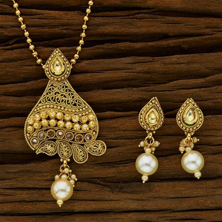 11779 Antique Classic Pendant Set with gold plating