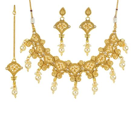 11780 Antique Classic Necklace with gold plating