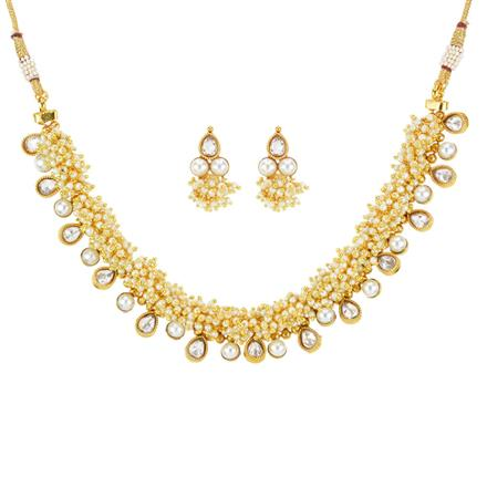 11800 Antique Delicate Necklace with gold plating