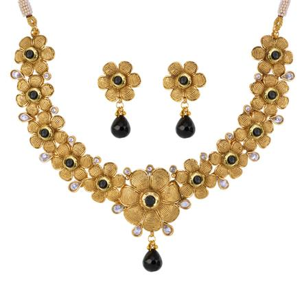 12982 Antique Classic Necklace with gold plating