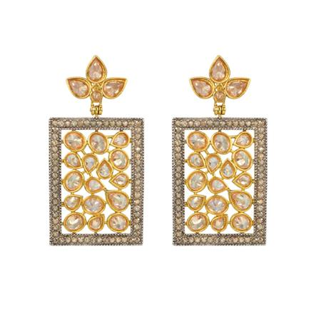 13080 Antique Classic Earring with gold plating