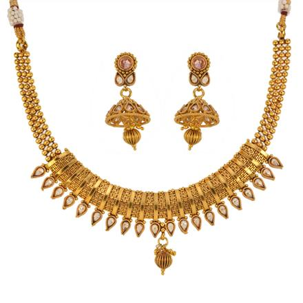 13150 Antique Classic Necklace with gold plating