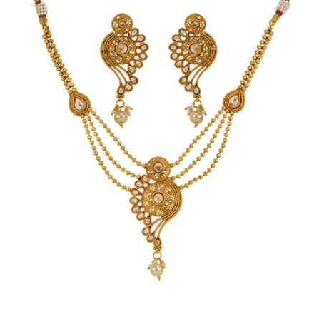 13151 Antique Delicate Necklace with gold plating
