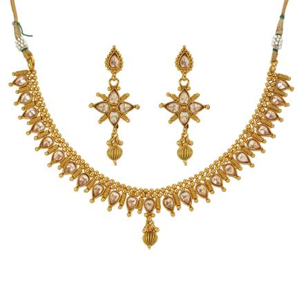 13295 Antique Classic Necklace with gold plating