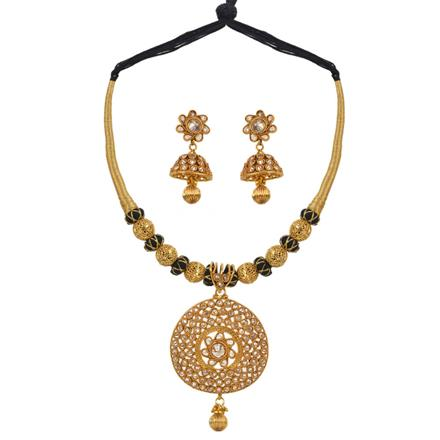 13366 Antique Classic Necklace with gold plating