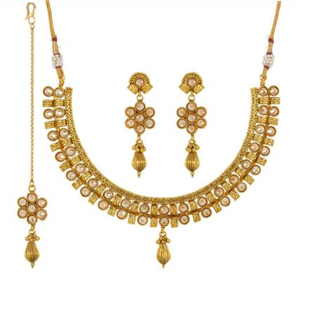13533 Antique Classic Necklace with gold plating