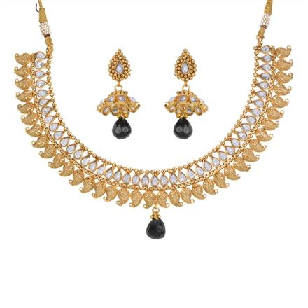 13578 Antique Classic Necklace with gold plating