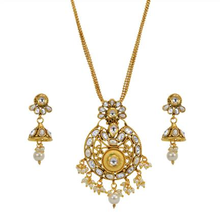 13620 Antique Classic Pendant Set with gold plating