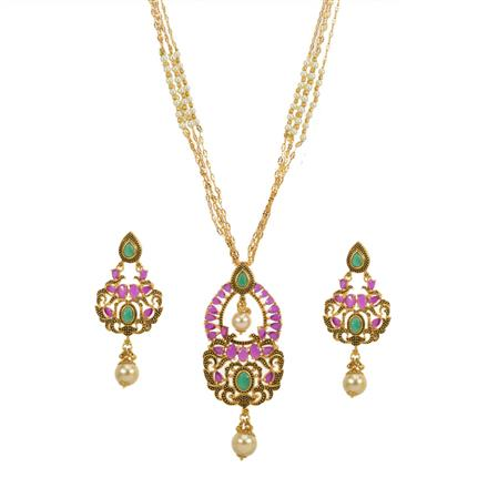 13632 Antique Classic Pendant Set with gold plating