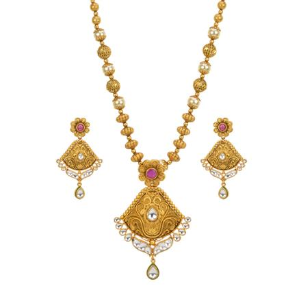 13635 Antique Classic Pendant Set with gold plating