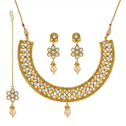 13667 Antique Classic Necklace with gold plating