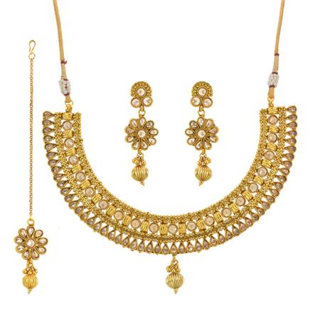 13668 Antique Classic Necklace with gold plating