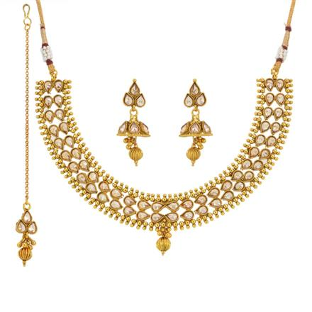 13670 Antique Classic Necklace with gold plating