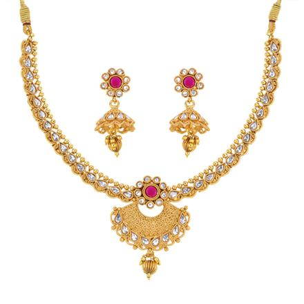 13685 Antique Classic Necklace with gold plating
