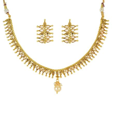 13957 Antique Delicate Necklace with gold plating