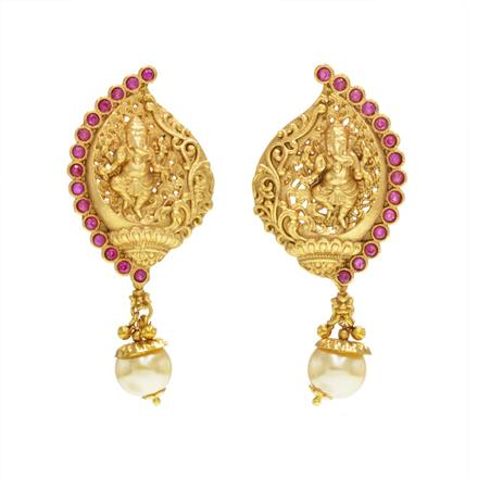 14616 Antique Temple Earring with gold plating