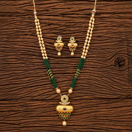 200400 Antique Mala Pendant set with Matte Gold plating