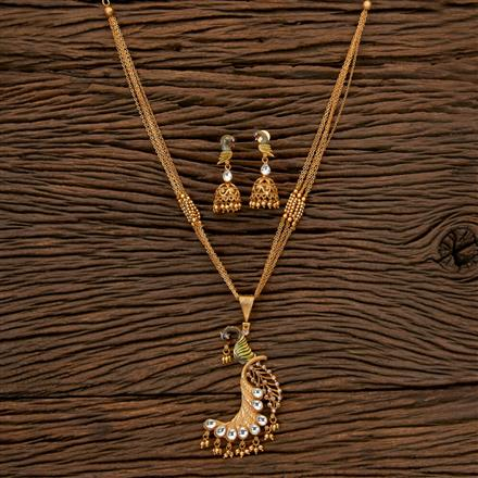 202392 Antique Peacock Pendant set with Matte Gold Plating