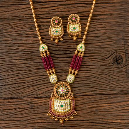 203013 Antique Classic Pendant set with Gold Plating