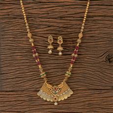 205770 Antique Mala Pendant Set With Matte Gold Plating