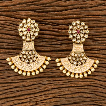 300031 Kundan Classic Earring with gold plating