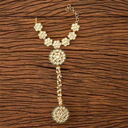 300137 Kundan Classic Hath Pan with gold plating