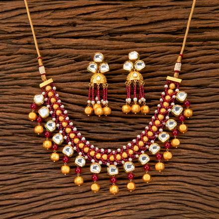 300252 Kundan Choker Necklace With Matte Gold Plating