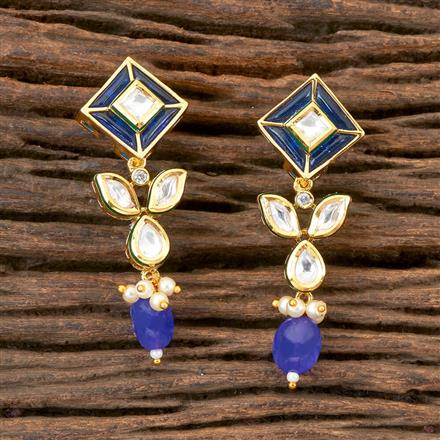 300323 Kundan Delicate Earring with Gold Plating