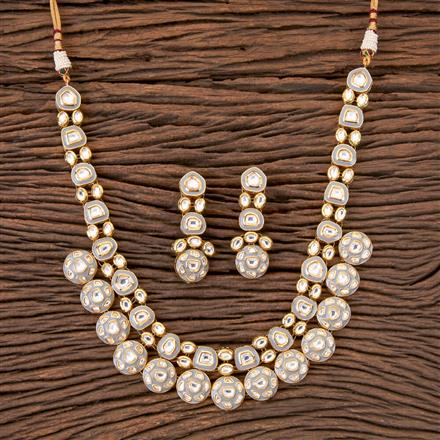 300330 Kundan Classic Necklace with Gold Plating