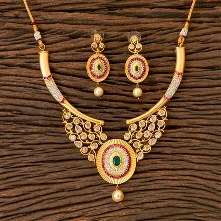 300341 Kundan Classic Necklace with Matte Gold Plating