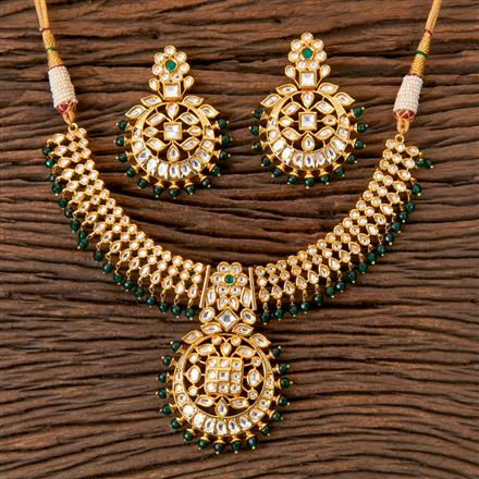 300367 Kundan Classic Necklace with Gold Plating