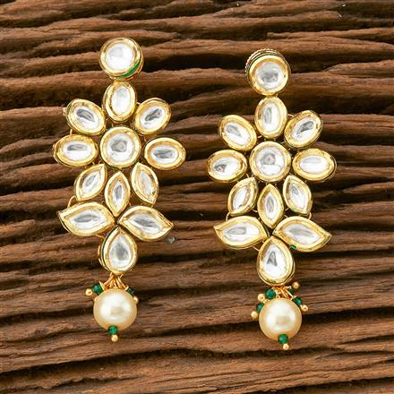300473 Kundan Classic Earring With Gold Plating