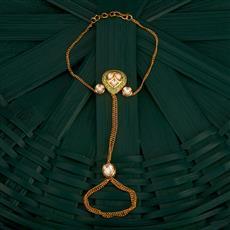 300749 Kundan Classic Hath Pan With Gold Plating