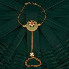 300753 Kundan Classic Hath Pan With Gold Plating