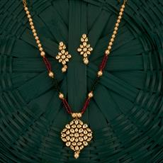 300761 Kundan Classic Pendant Set With Gold Plating